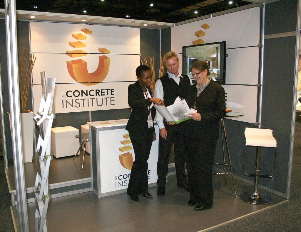 ci - stand at show
