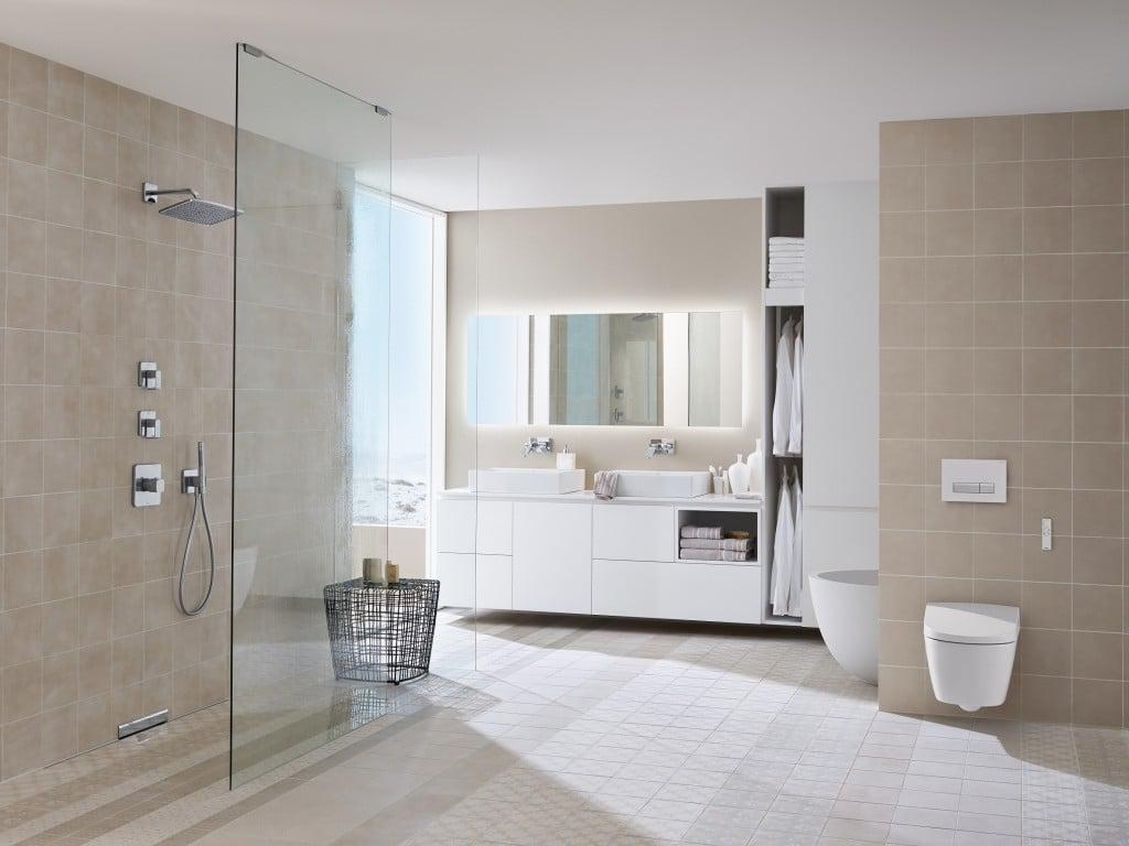 2014_Bathroom_6_E1_Sigma40_with_AquaClean_Sela_MR
