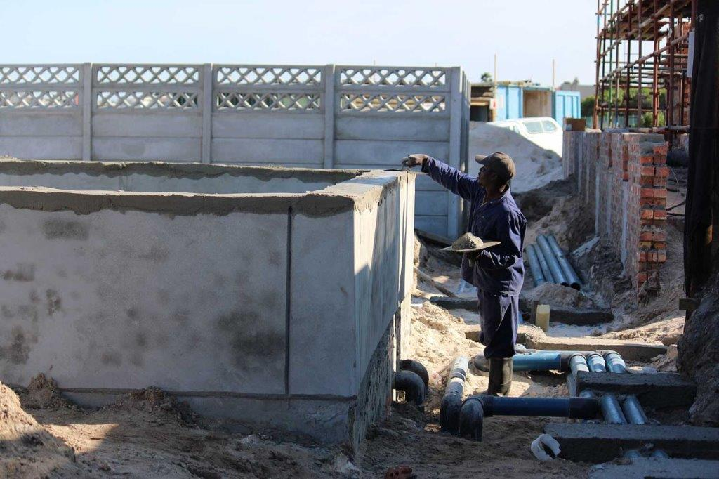 Sika donated crucial waterproofing joint sealing products and provided other products at highly reduced prices for SANCCOB new state-of-the-art seabird hospital in Table View, Cape Town.