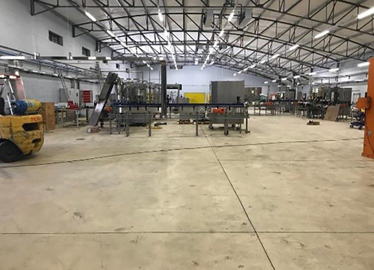 When severe settlement cracking was observed in the concrete floors of the new bottling and storage area at Graham Beck Wine Estate, Sika was proud to provide the solution.