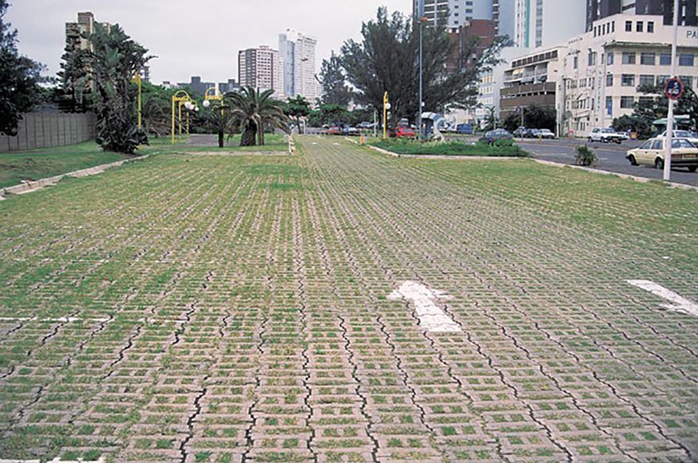 Amorflex HLP paving blocks allow the natural greening of paved surfaces to form hard wearing grassed driveways, roadways, parking areas and embankments.