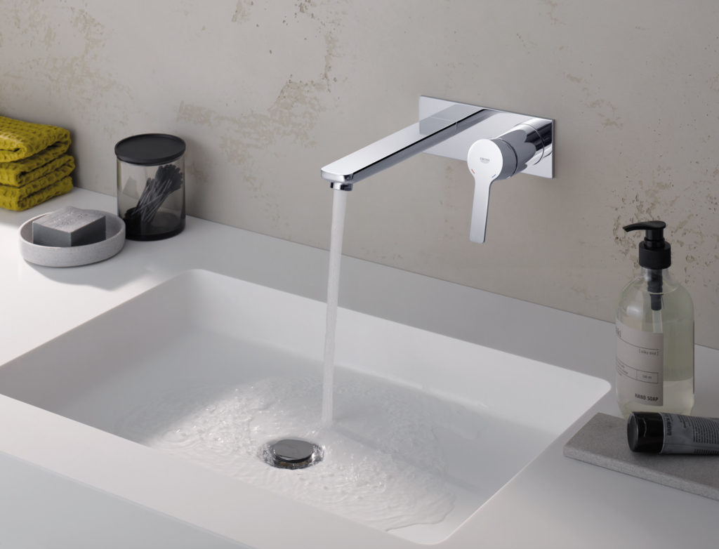If you want to give your existing bathroom suite a new lease of life then GROHE Lineare is the ideal option.